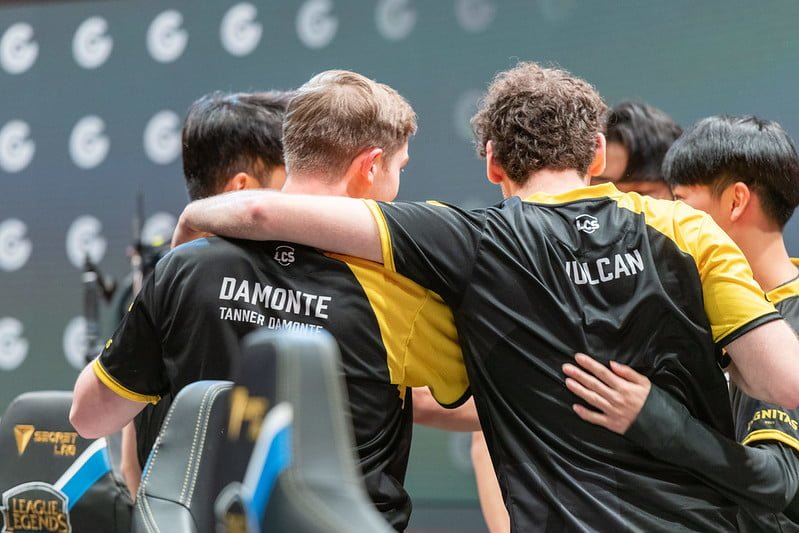 lcs clutch gaming